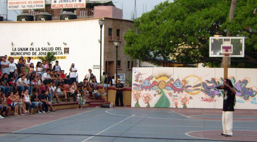 Festival Tribusurbanas Zihuatanejo